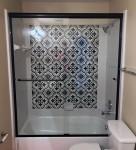 LD Glass Co_Shower Doors_8647_h600