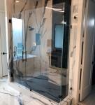LD Glass Co_Shower Doors_8945_h600